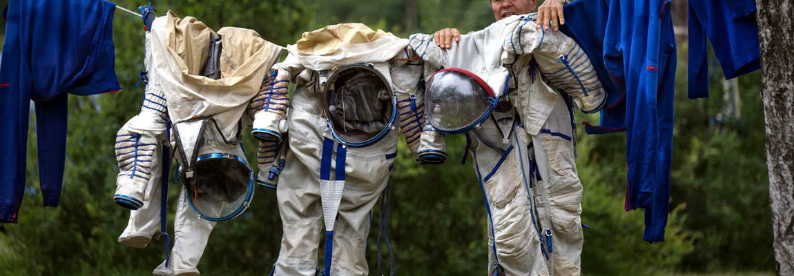 Space Suit - An Ultimate Protection - TechnicalTextile