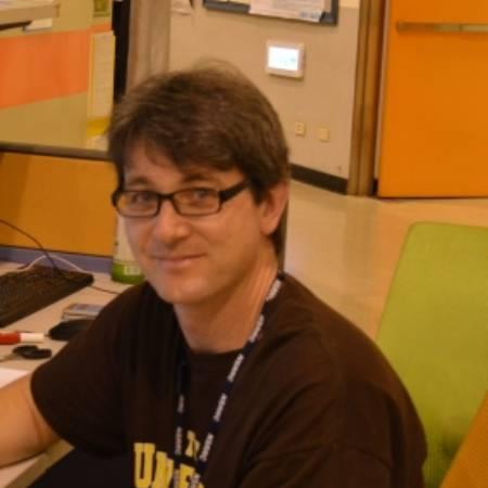 Dr. Sean Blamires, Visiting Fellow, Evolution and Ecology Research Centre