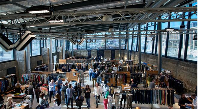 What is the number of denim exhibitors participating in the Bluezone in September 2018? What was the number at the previous one?