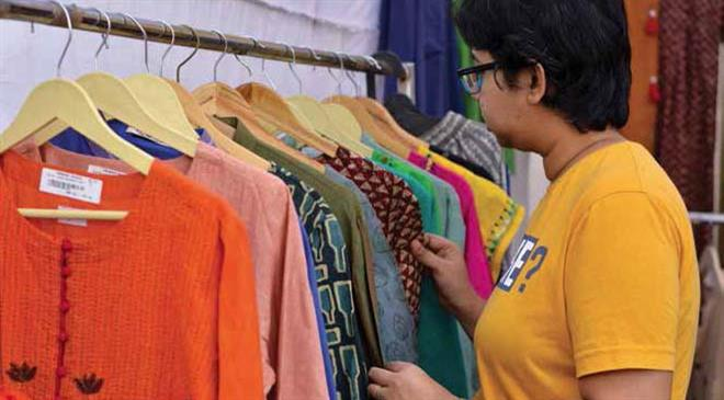 Is KVIC planning to sign deals with foreign brands for the supply of khadi?