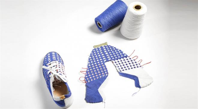 Kniterate can make customised knitwear products, yet costs less than the average knitting machine. How is that?