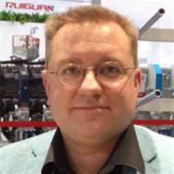 Oliver Schmitz,