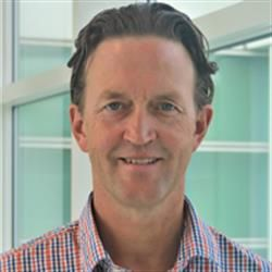 Ian Russell, Pireta