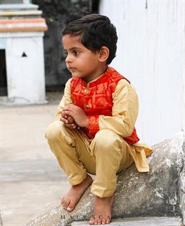 Boy's Kurta & Pajama Set