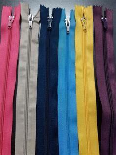 Nylon CFC Zippers