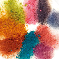 For fabric dyeing purpose, Colour : Scarlet, Orange, Blue