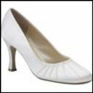 Womens classic ankle strap pumps/shoes