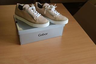 Classic Golf Shoes