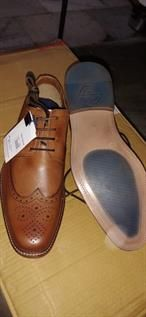Leather shoes-Footwear