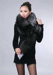 Fur, Black, Brown, Green, Maroon
