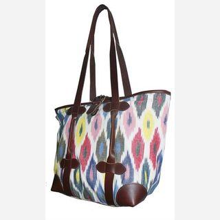 women woven shoulder bag