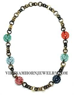 Lacquer Horn Necklace