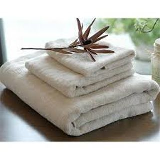 100% Cotton, Woven, Should be good washable & look good at night in hotels