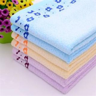70% Bamboo fiber / 30% Cotton, Knitted, Good Water absorption and Soft feeling