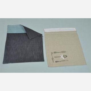 Elegant Table Mat