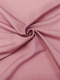 135-175 GSM, 100% Polyester, Dyed, Plain and Twill