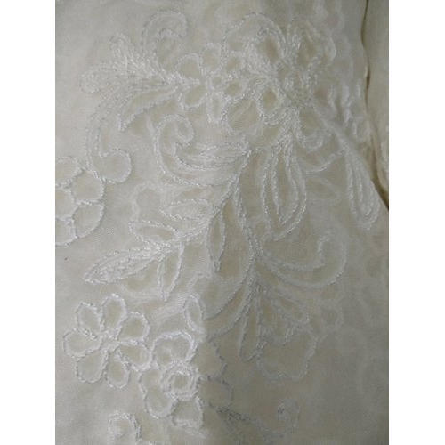 High End Chicken Embroidered Lace Fabric