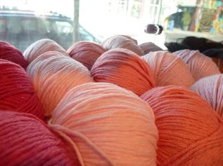 Dyed, For Carpet Weaving, Semi Worsted - 18/3 Nm, 27/3 NM, 30/3 NM, 33/3 Nm , 100% Pure Acrylic