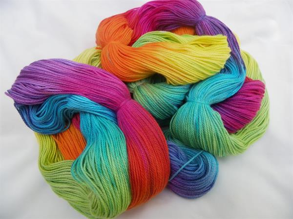 Dyed Wool High-Grade Yarn