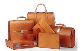 For Men and Women, Leather Type: Cow / Buffalo / Nappa Natural Leather Feature: Abrasion Resistant