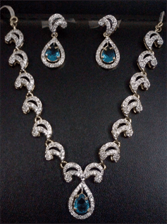 Finest Mexican Silver with agate and pearls, jade, turquoise and tiger's eye, Black, Brown, Golden, Silver etc.
