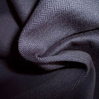 140 GSM, Polyester/Cotton (60/40%), Dyed, Plain