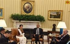 Myanmar state counsellor Aung San Suu Kyi with US president Barack Obama at White House. Courtesy: statecounsellor.gov.mm