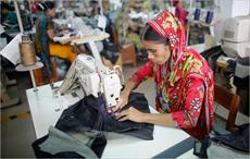 Bangladesh apparel exporters oppose Accord, Alliance