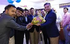 Entire marketing team of Only Vimal saris welcoming Vivek Mehta, head Marketing with a bouquet of flowers. Courtesy: Reliance Industries