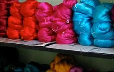 India's silk board chief stresses need to boost production