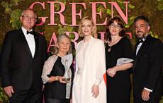 Richard and Jenny Weatherly (left) and Vanessa and Matt Dunbabin (right) accept the award; Courtesy: The Woolmark Company