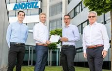 From left to right: Nicholas Aldworth-Moeller (Andritz), Gerald Steiner (Andritz), Dr techn Ulrich Hirn (TU Graz), Hermann Obermair (Andritz AG); Pic: INDA