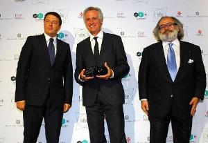 Dufry honored with special Award at Pitti Uomo launch