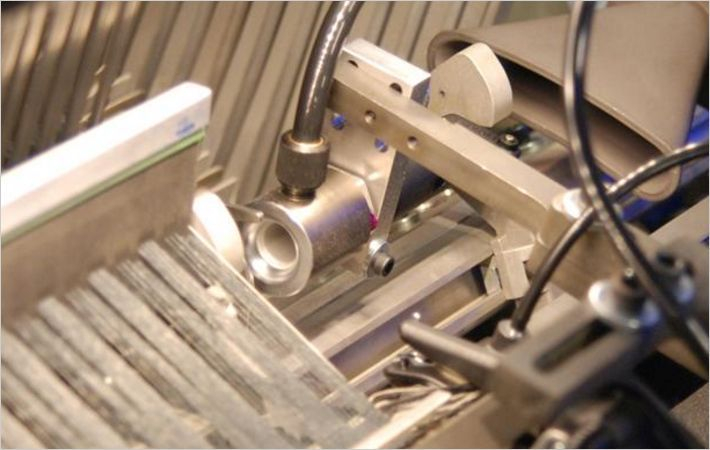 Cordless cut reed for airjet weaving machines