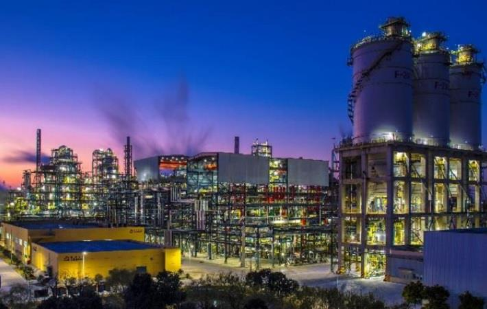 A night view of Jiaxing Petrochemical's second PTA line. Courtesy: Invista
