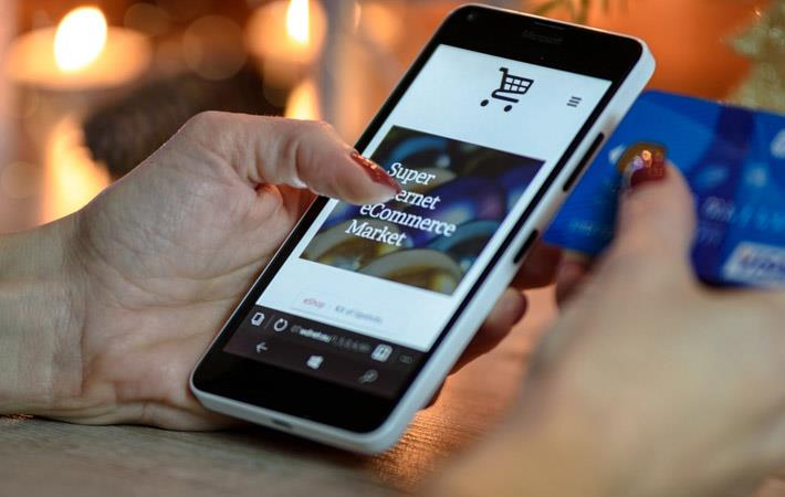 Millennial parents need smartphones for shopping: NRF