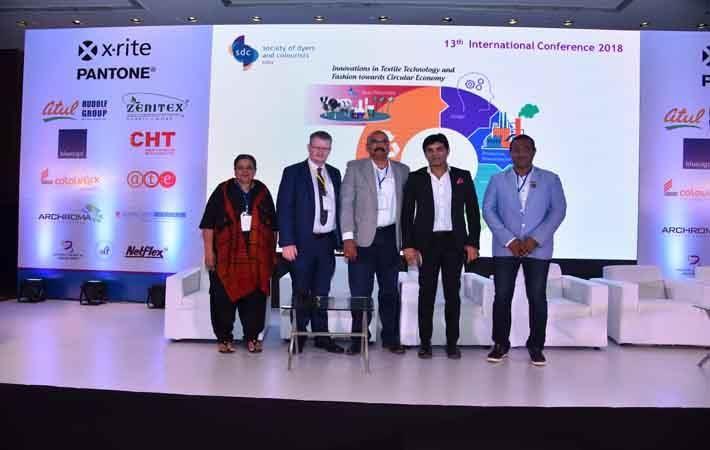 L-R: Suman Mundkur, Hon Sec, SDC EC; Graham Clayton, CEO, SDC UK; VR Sai Ganesh, Hon Chairman, SDC EC; Manish Mandhana, Jt MD, Mandhana Industries; Sachin Pulsay, Hon Chairman, Mumbai Chapter, SDC EC