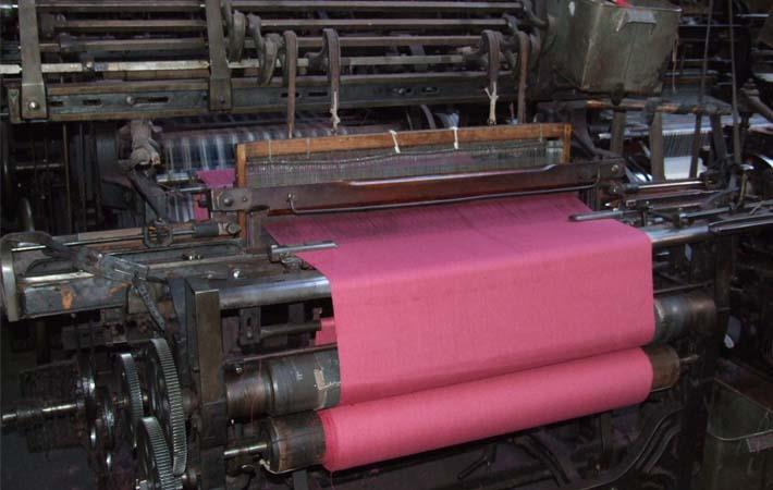 Gujarat power loom weavers not to file GST returns: FOGWA