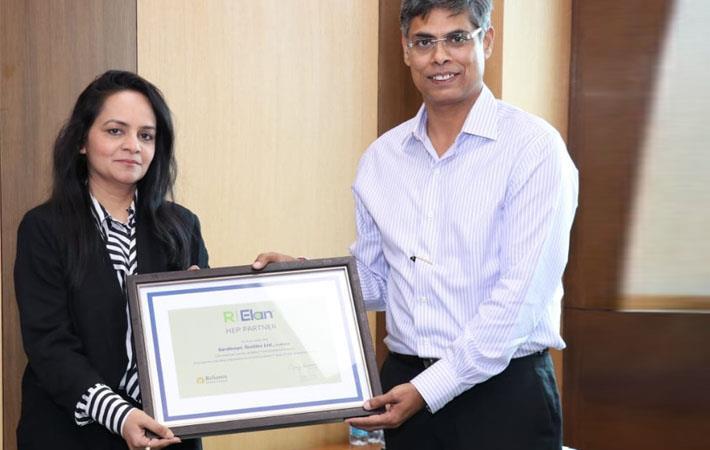 Suchita Jain with Gunjan Sharma ; Courtesy: RIL
