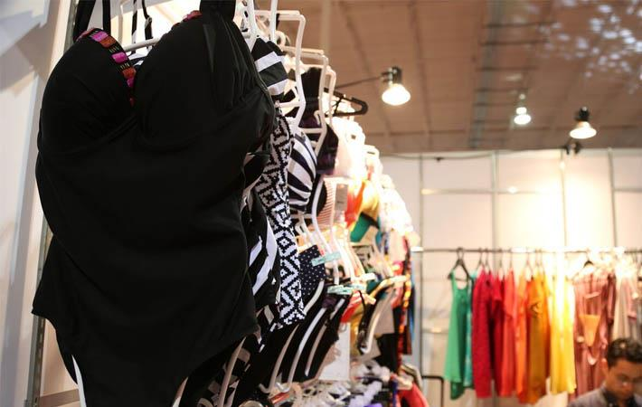 70% UK consumers prefer shopping overseas: PPRO