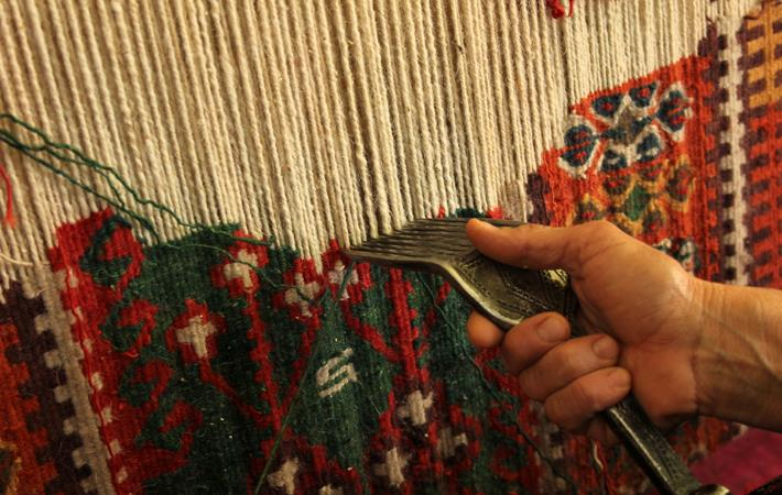 Kashmir handicrafts issue to be taken up with GST Council