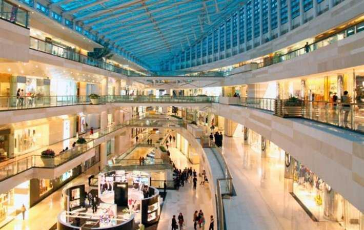 Fewer retail units key to saving high street: UK report