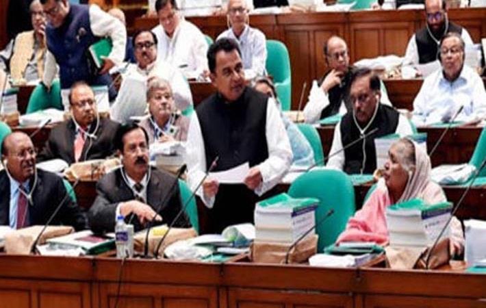 Bangladesh finance minister AHM Mustafa Kamal presenting the Budget 2019-20 in Jatiya Sangsad. Pic: bangalinews