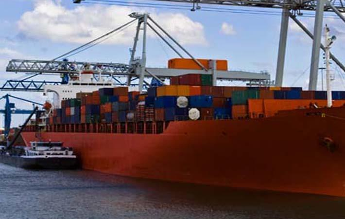 US tariff hike on $200 bn of Chinese imports takes effect