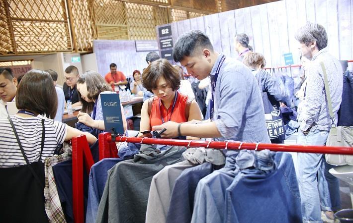 Pic: Denimsandjeans Vietnam