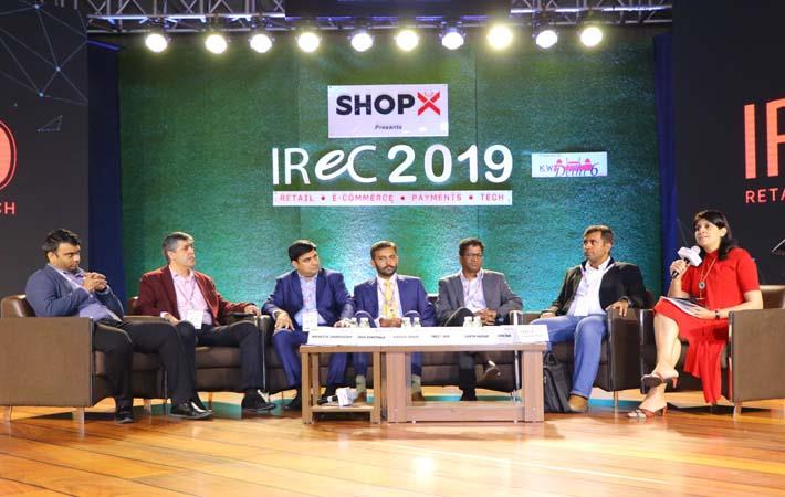 Panel on AI led automation & big data powering advantage in retail; Pic: IReC