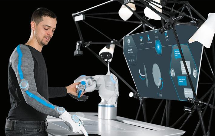 Festo displays BionicWorkplace for textiles at ITMA 2019