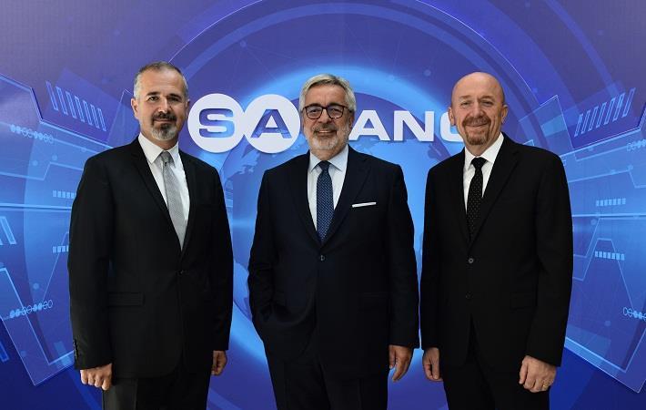 Cenk Alper, Sabancı Holding Industrials group president; Mehmet Göçmen,CEO, Sabancı Holding; Ali Çalışkan, Kordsa CEO; Pic: Kordsa