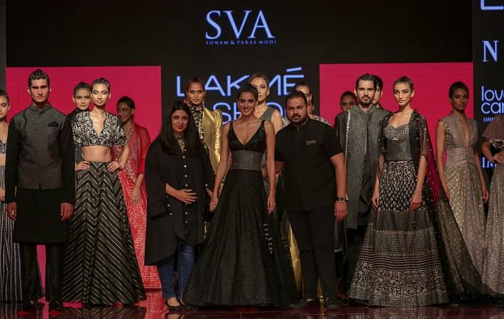 Diva Dhawan for SVA by Sonam & Paras Modi at LFW WF 2019. Pic: LFW
