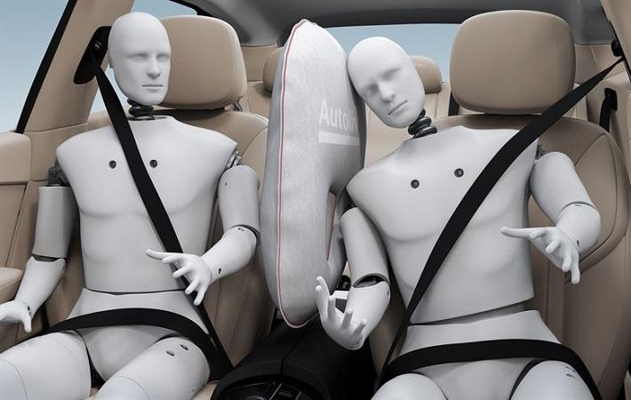 Autoliv develops airbag specifically to avoid side impacts